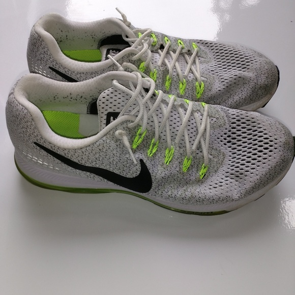 ba82f0717752 Nike zoom all out size 9 gray black green pre own.  M 5c72db5bfe5151229b39f089
